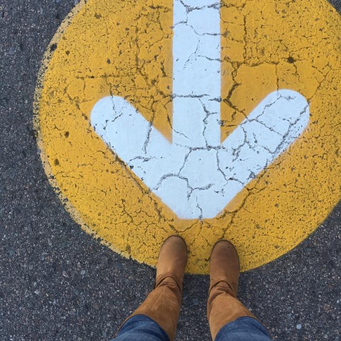 arrow boots